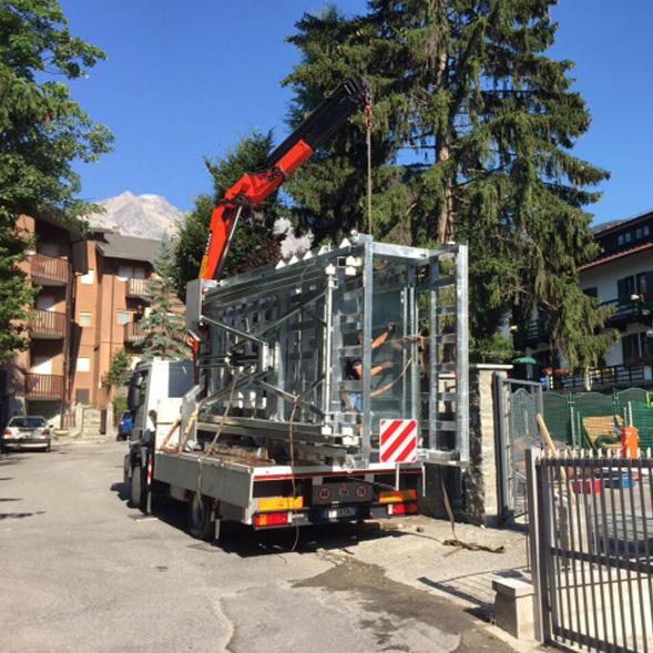 Ascensore Auto con Tetto di Copertura – Torino
