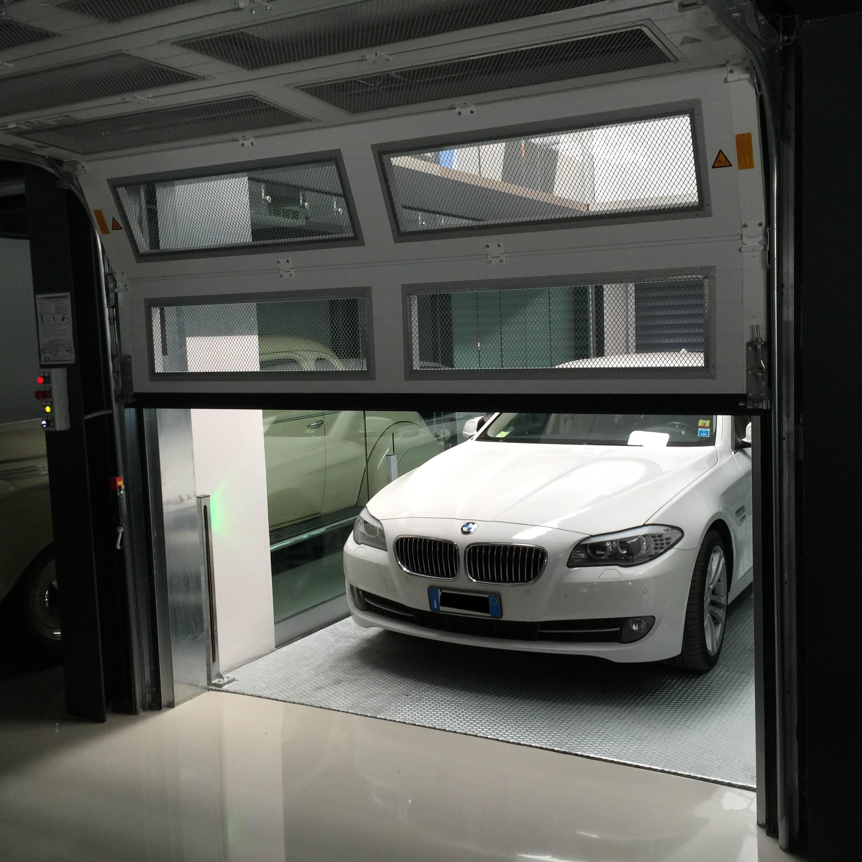 ascensore per auto con vano corsa in vetro4