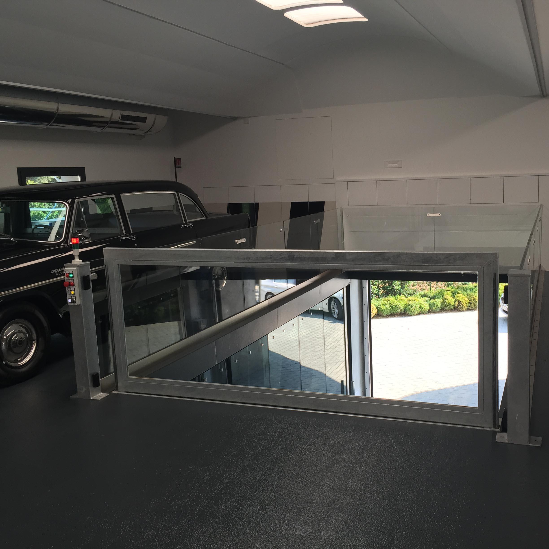 ascensore per auto con vano corsa in vetro7
