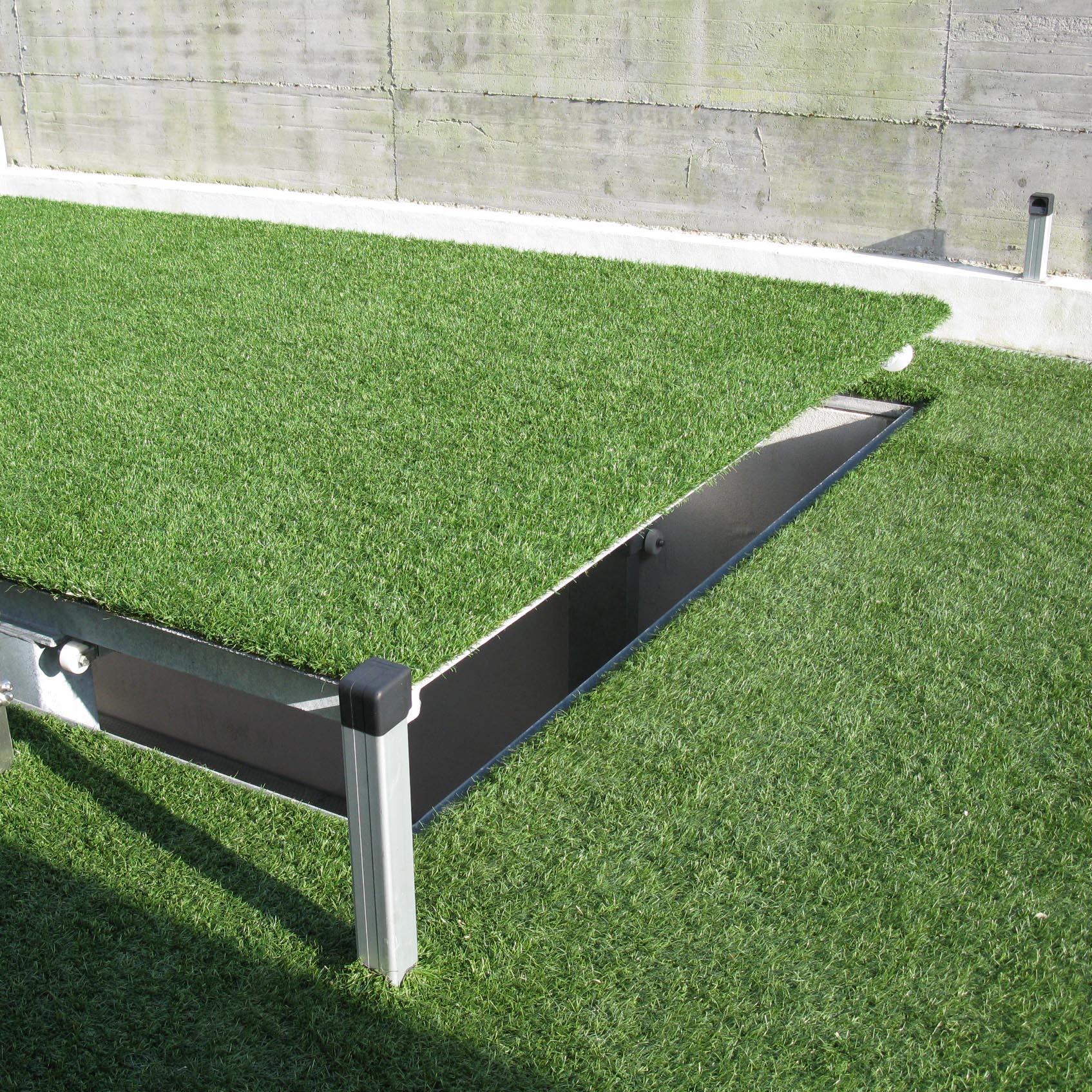montauto con tetto e erba finta